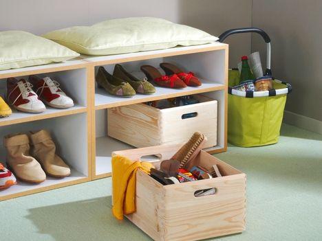 ber ideen zu regale aus kisten auf pinterest kisten milchkistenregale und weinkisten. Black Bedroom Furniture Sets. Home Design Ideas