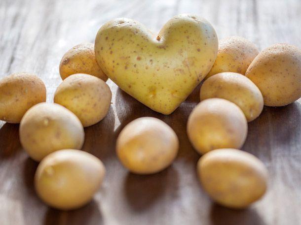 Die tolle Knolle ist der perfekte Schlankmacher. Denn sie steckt voller Powerstoffe für Ihre Figur. Sie können bei der Kartoffel-Diät ein Pfund pro Tag verlieren.