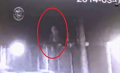 RÚSSIA: Humanoide Capturado por Câmera de Segurança em uma Base Militar Secreta