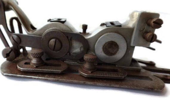 Vintage Industrial Sewing Machine Buttonhole Attachment Industrial Delectable Buttonhole Attachment For Industrial Sewing Machine
