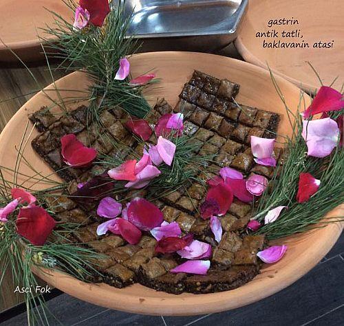 Aeneas'ın Yolu odağında Antik Yemekler Menüsü