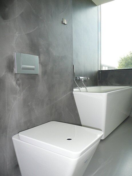 Badkamer Muur Ideeen: Badkamer onder schuin dak interieur.