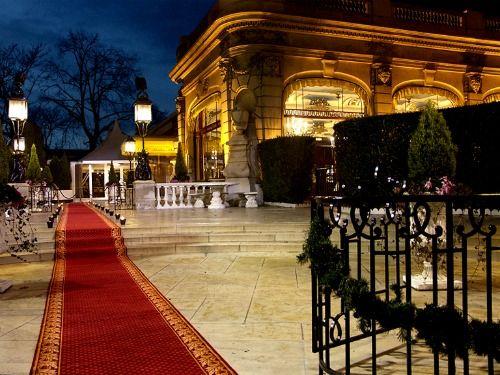 Een prachtige locatie voor liefhebbers van Parijs en voor alle bruidsparen die willen trouwen in een historisch gebouw in de hoofdstad van Frankrijk.