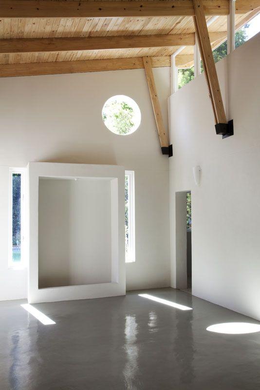 yoga studio clerestory exposed truss by Victoria de la Cour- architect