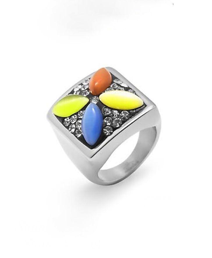 Si algo tiene la #primavera es el color igual que este #anillo de #acero. ¡¡ Es Ideal !!