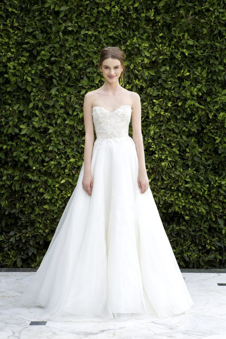 Monique Lhuillier Aline 19449 - https://bridepower.com/product/monique-lhuillier-aline-19449/