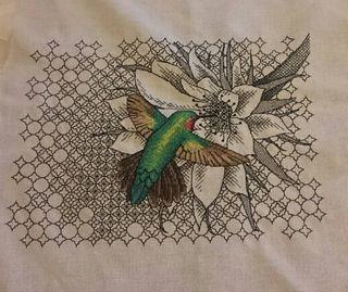 [FO] Hummingbird Cross Stitch with Blackwork Flower and background : CrossStitch