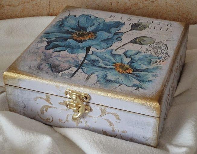 pudełko drewniane 16x16 ozdobione metoda transferową i szablonami decoupage altered box