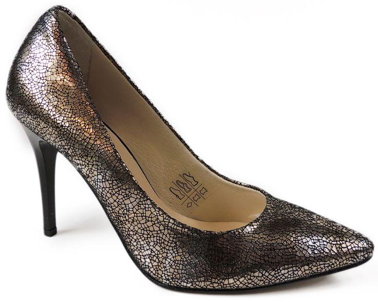 Złoty pantofelek dla wszystkich księżniczek  http://www.intershoe.com.pl/szpilki-0541030d