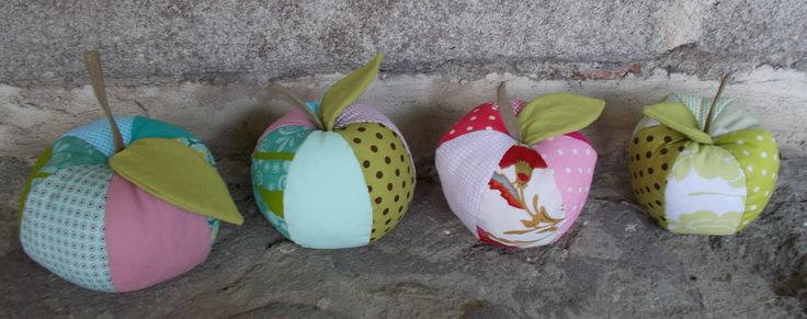 Little apples. Number 1, 2, 3 & 4 tester for a pouf....