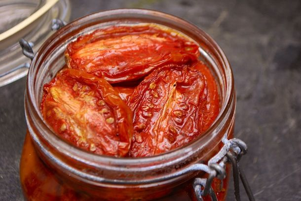 Slow roasted tomatoes, a great way to use up tomatoes unfit for canning and SO yummy!!