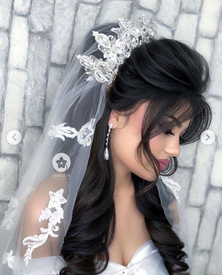 Pin By Mense On Hairstyles Short Wedding Hair Bride Hairstyles Bridal Hair Updo