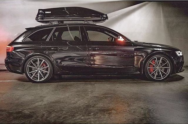 """Gefällt 2,050 Mal, 14 Kommentare - Audidriven (@audidriven) auf Instagram: """"Who said: """"family or fun""""? This RS4 proves him wrong - Perfect couple: Audi RS4 Avant & Thule box…"""""""