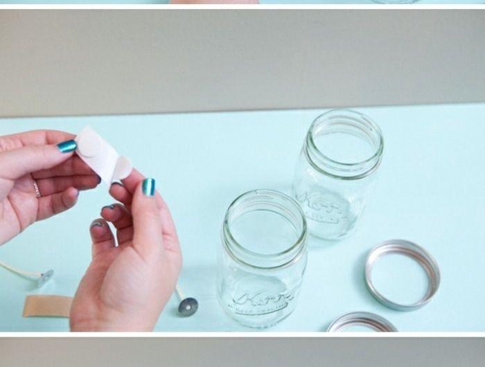fabriquer-des-bougies-idee-diy-superbe-preparation-de-la-meche-suggestion-geniale