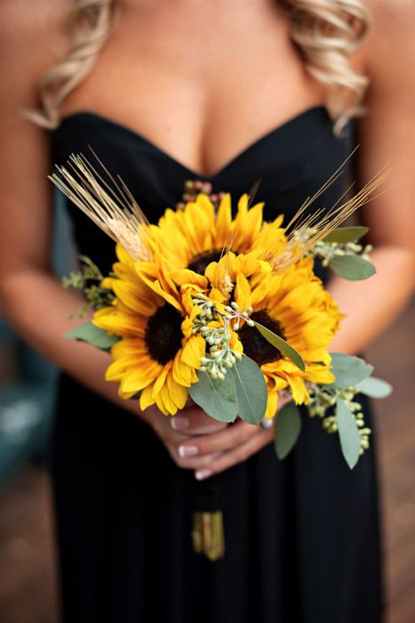 A Summer Bouquet of sunflowers. Photo Source: Fab You Bliss  #weddingflowers #sunflowers