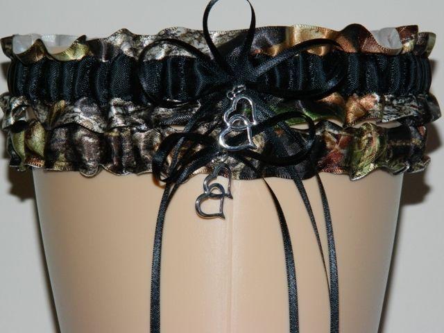 *For Megan***Mossy Oak Black Camouflage Wedding Garter Set, Camo Garter, Bridal Garter