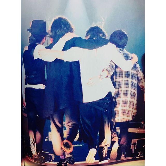 [Alexandros]2017/5/30「ROCKIN'ON JAPAN」2017年7月号/「Tour 2016〜2017 〜We Come In Peace〜」ツアーファイナル公演@幕張メッセ