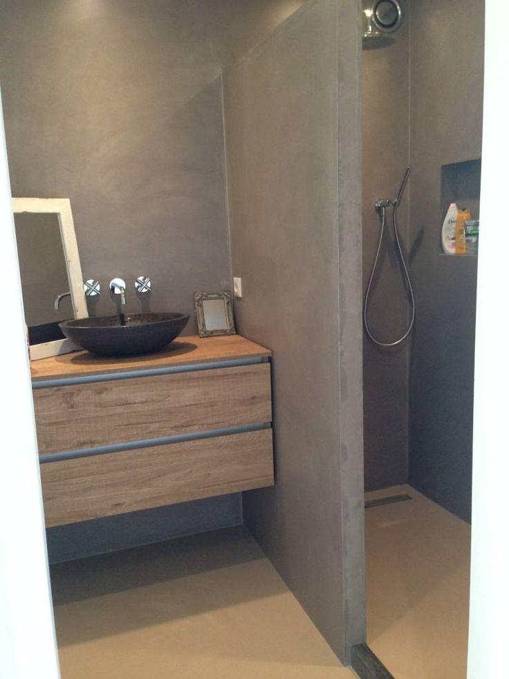 17 beste idee n over kleine badkamer tegels op pinterest badkamer tegels ontwerpen douche - Foto kleine badkamer ...