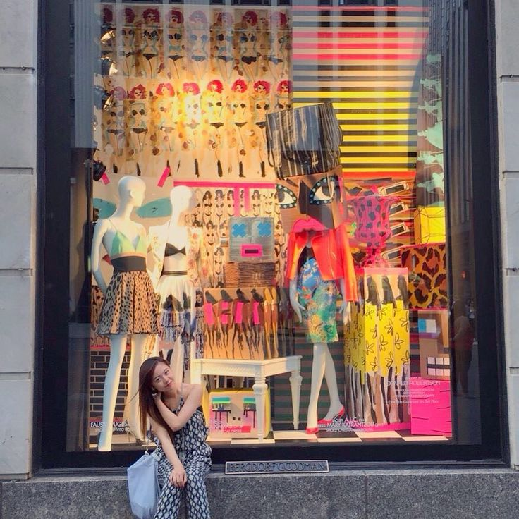 #newyork#newyorkcity#japanese#japanesegirl#sightseeing#shoppinginnewyork#studyabroad#fromvancouver#memorable#memorablepic#ニューヨーク#留学#旅行 by ayakabubu_