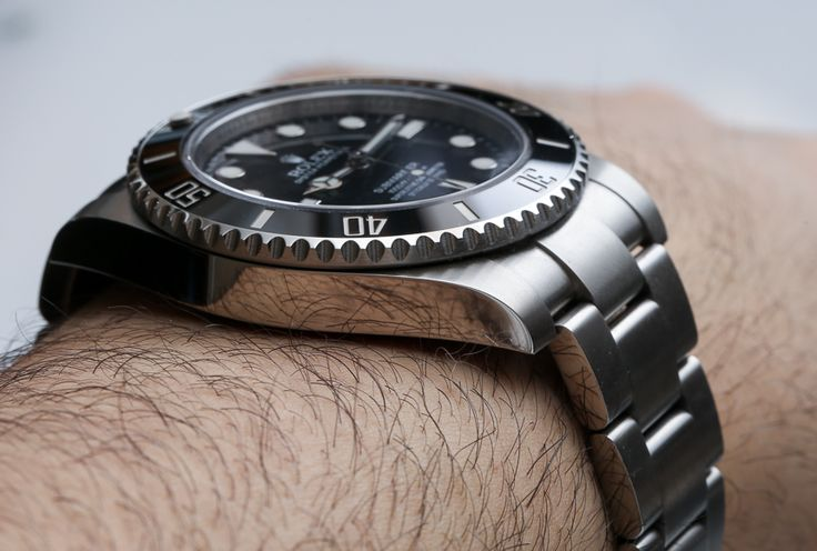 "Rolex Submariner Ref. 114060 ""No Date"" Watch Long-Term Review"