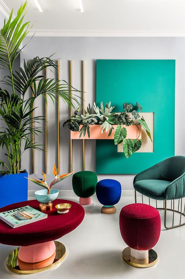 The colorful workspace of Masquespacio - Eclectic Trends