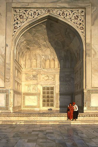 Taj Mahal by dwrawlinson