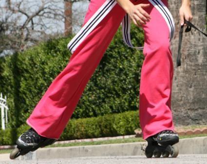¡A patinar!  Este deporte sobre ruedas te permite ejercitarte, mantenerte saludable y a la vez divertirte ¿Te animas a probarlo?