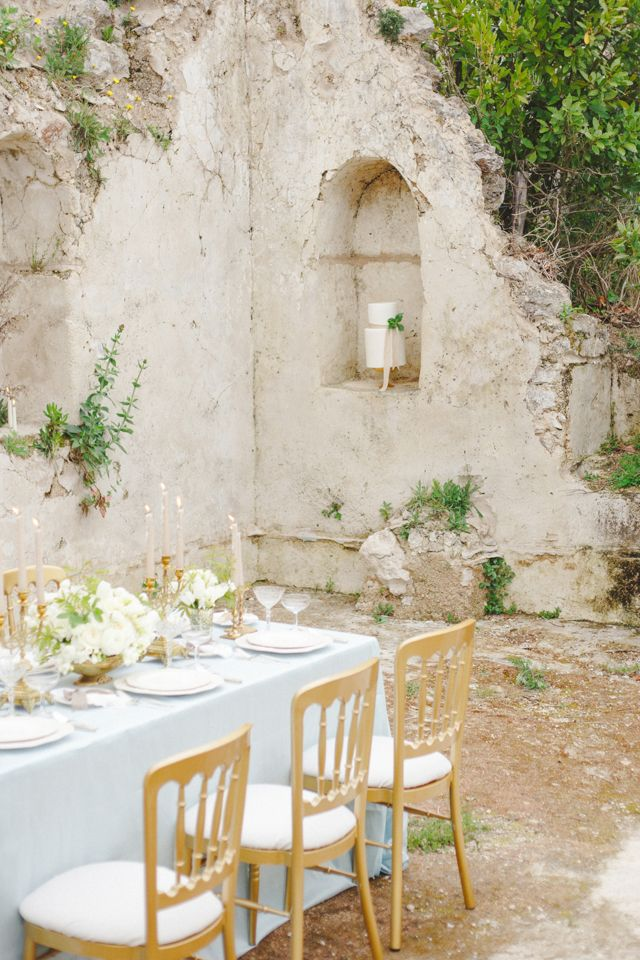 Robin egg blue and gold wedding reception Claire Graham Photography | see more on: http://burnettsboards.com/2014/09/elegant-amalfi-coast-wedding-inspiration/