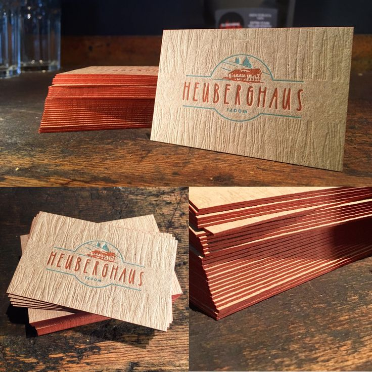 MORDSGAUDI!  Für unseren höchst gelegten Kunden das Heuberghaus aus Österreich, haben wir diese feinen Visitenkarten gezaubert. Das Kraftpapier und die geprägte Holzstruktur fügen sich wunderbar in das rustikale und gemütliche Ambiente ein. Ja mei, is des schee!