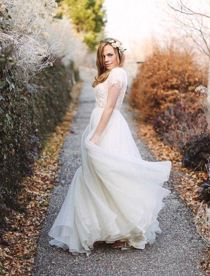 Modest Flowy Wedding Dresses