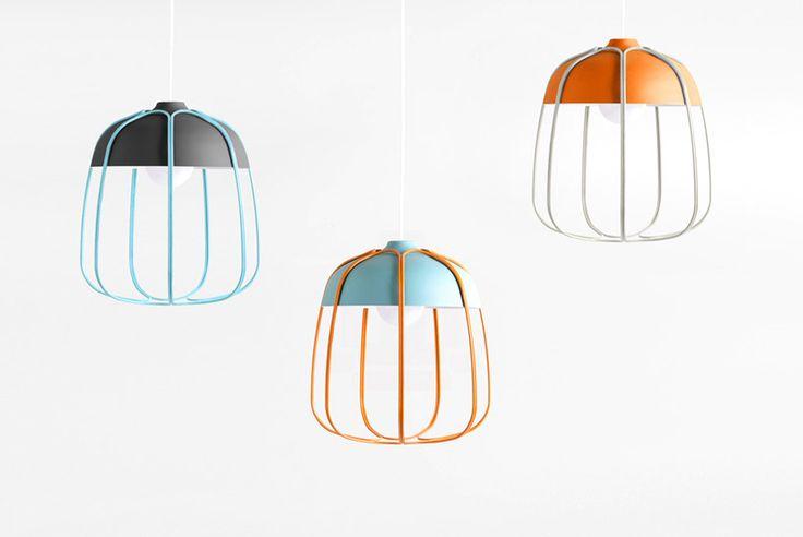 Incipit, la suspension Tulle du designer Tommaso Caldeira est une réinterprétation de lampes atelier