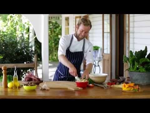 How to make: macadamia crumb - YouTube