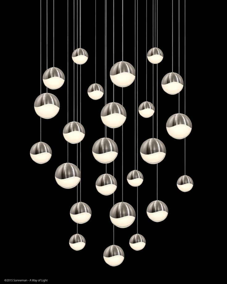 Grapes™ are luminous LED spheres in multiple sizes, arrayed in clusters or as single points of light.