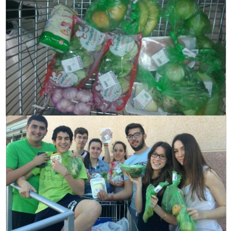 comprando comida saludable