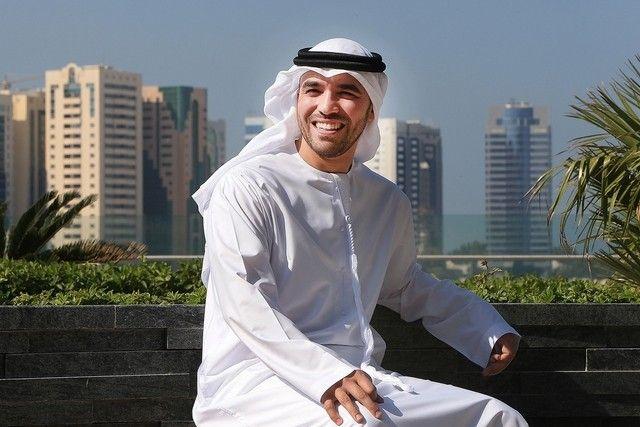 Sheikh Abdullah praises #Emirati man for offer to teach.   #Education #UAE #TeachForUAE
