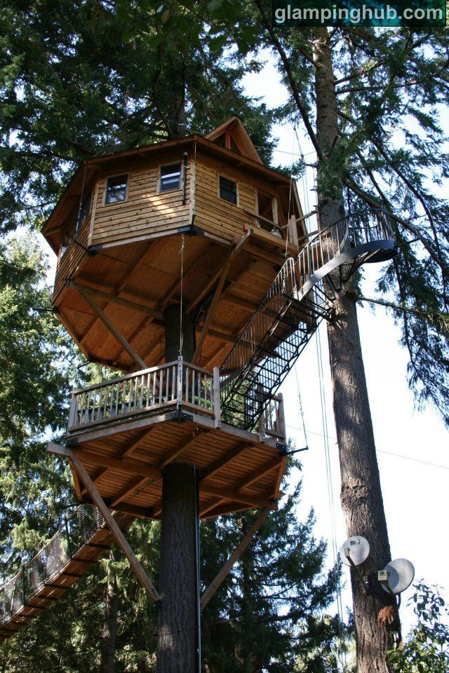 Country Treehouse Southern Oregon | Glamping Southern Oregon | luxury treehouse Oregon, glamping USA -- TREESORT in Takilma