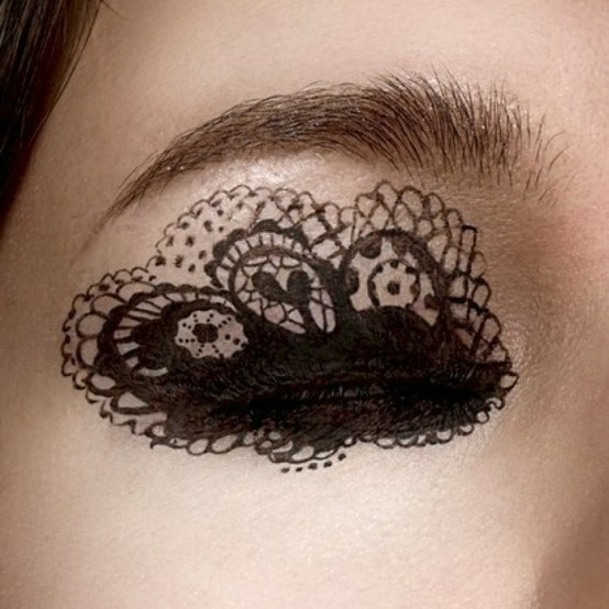 Lace makeup for the eye
