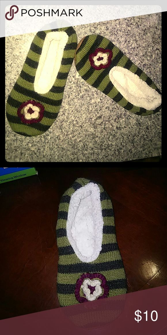 FLORAL KNITLIKE FELT STRIPED SLIPPERS Very soft light slippers /sock like Shoes Slippers