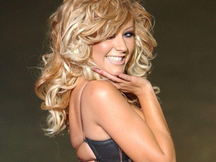 Christina Aguilera - lataa taustakuvia: http://wallpapic-fi.com/julkkikset/christina-aguilera/wallpaper-1610