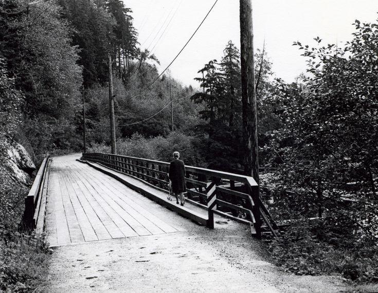 Town site photographs.
