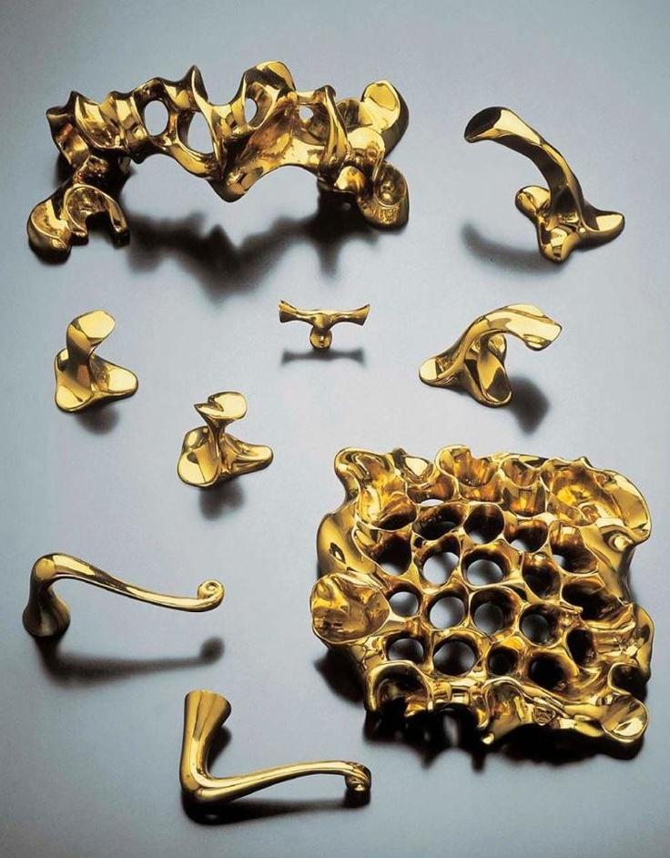 GAUDÍ | Ironmongery for door by @Bd Barcelona Design | #design Antoni #Gaudí #metallic