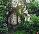 """Pentru cei melancolici, o poza extraordinara a casei din """"Enigma Otiliei""""."""