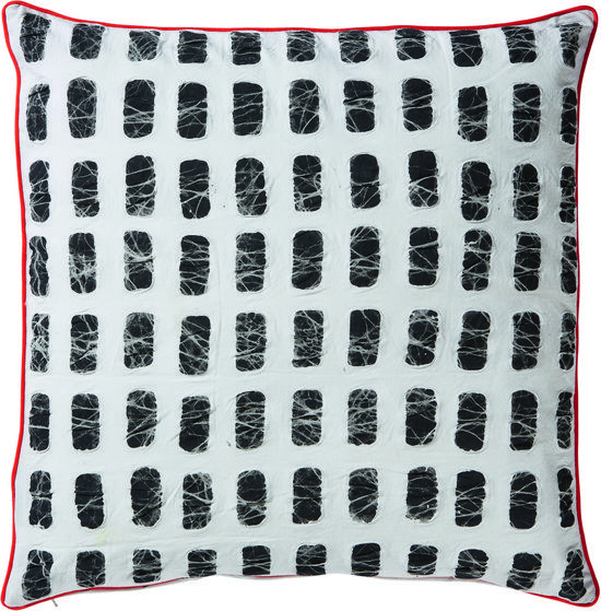 Pomax Tigish - Batik Sierkussen met rechthoeken patroon - 45x45 cm -  Katoen - Wit & zwart