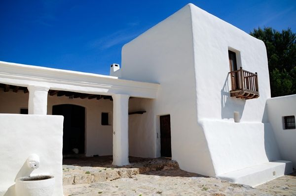 17 best images about blakstad ibiza on pinterest for Arquitectura ibicenca