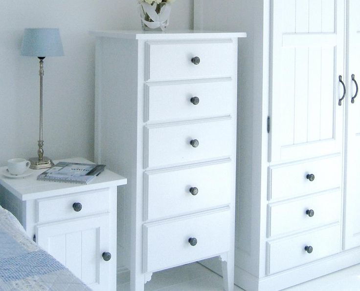 New England Double Wardrobe With Drawers: New England Style White Bedroom  Furniture