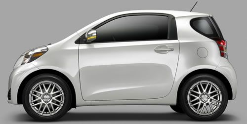 2012 Scion iQ High MPG 3-Door Hatchback http://www.heningertoyota.com/used-2012-Scion-iQ-CVT_38229.php