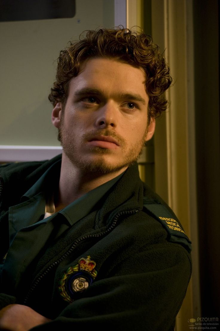 Richard Madden (born 18 June 1986) is a Scottish stage, film, and television actor best known for portraying Robb Stark in the HBO series, Game of Thrones.Richard Madden grew up with older and younger sisters, in Elderslie, Scotland. His mother, Pat, is a classroom assistant and his father, Richard, is in the fire service.Madden has been in a relationship with actress Jenna Coleman since late 2011.