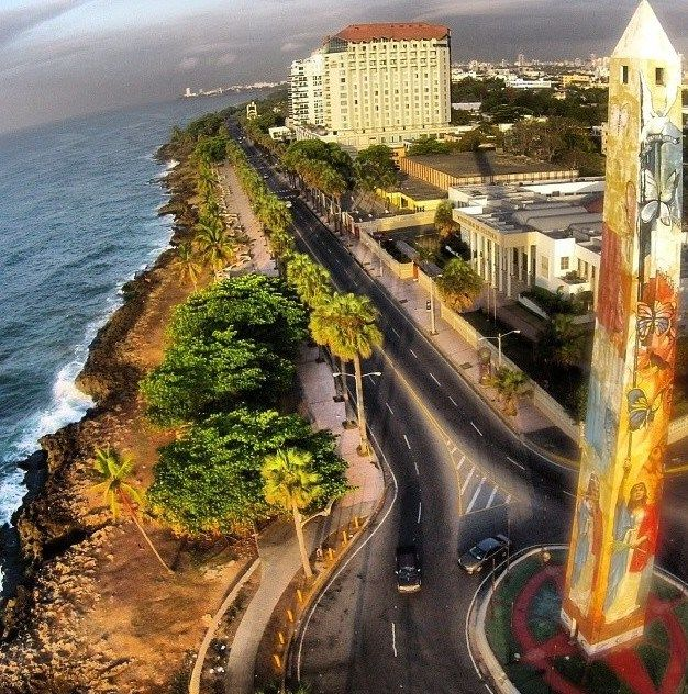 Obelisco de Santo Domingo, Republica Dominicana. Aerial view.