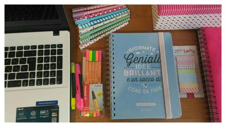 Articoli di cartoleria. Organizzazione scrivania. Agenda mr. Wonderful