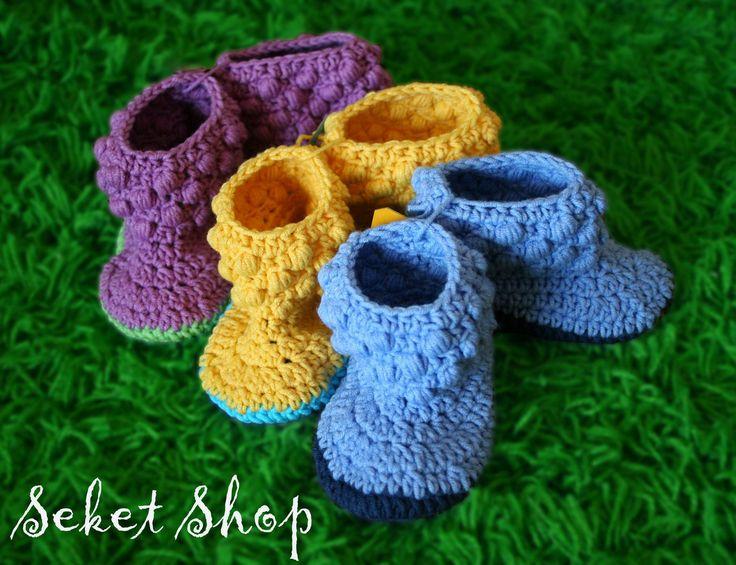 baby crochet booties (no pattern)